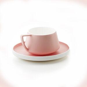 Rózsaszín csajos teáscsésze csészealjjal