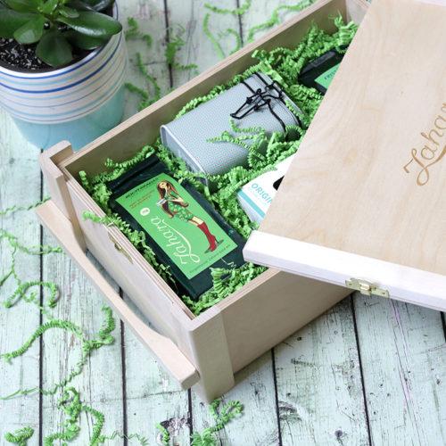 Fadobozos gasztro ajándék csomag - tea ajándékba