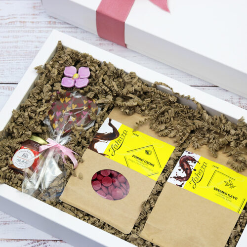 ETERNAL LOVE virág, forró ruby csokoládé ajándékcsomag